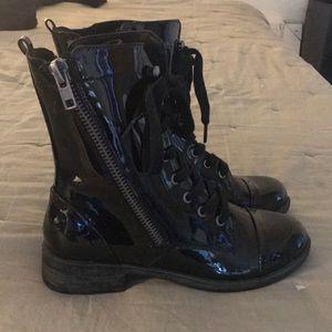 Report patent combat boots